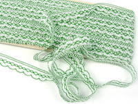 Bobbin lace No. 81215 white/grass green | 30 m