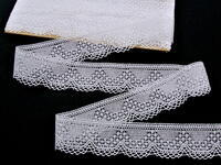 Bobbin lace No. 81733 white | 30 m