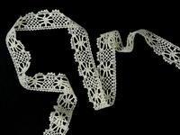 Bobbin lace No. 82107 ecru | 30 m