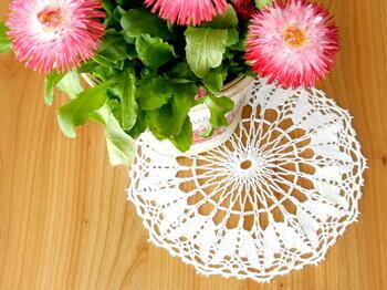 Tablecloth EMILIE white, diameter 17 cm - 1