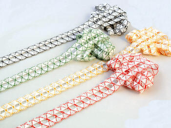 Bobbin lace No. 75169 white/red | 30 m - 2