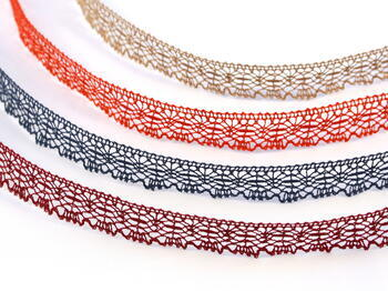 Bobbin lace No. 81032 red | 30 m - 2