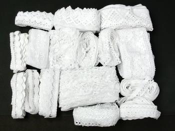 Kreativní balíček - paličkované krajky bílé | 200 g - 3