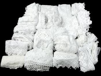 Kreativní balíček - paličkované krajky bílé | 500 g - 3