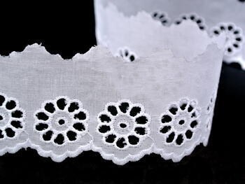 Embroidery lace No. 65019 white | 9,2 m - 3