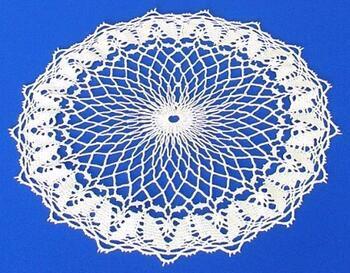 Tablecloth EMILIE white, diameter 34 cm - 3