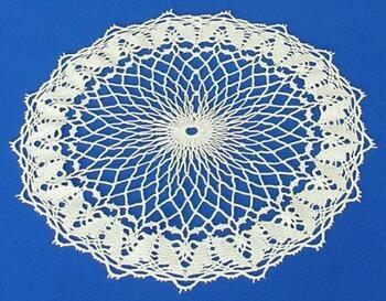 Tablecloth EMILIE 111 0051 ecru, diameter 34 cm - 3