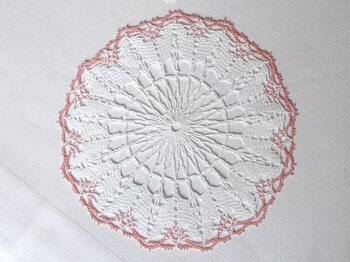 Tablecloth EMILIE white/pink, diameter 17 cm - 3