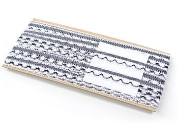 Paličkovaná krajka vzor 75079 bílá/modročerná | 30 m - 4