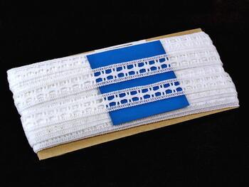 Paličkovaná vsadka vzor 82187 bílá | 30 m - 4