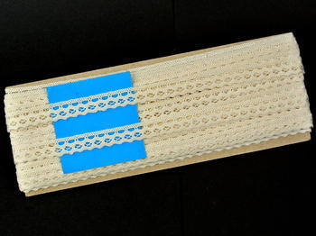 Paličkovaná krajka vzor 82188 režná | 30 m - 4