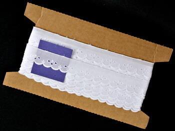 Vyšívaná krajka vzor 65012 bílá | 9,1 m - 5