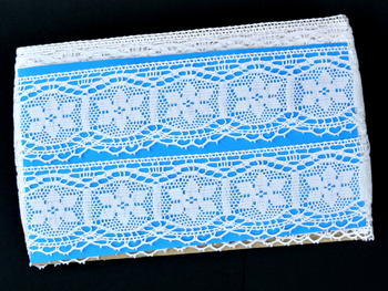 Bobbin lace No. 82109 white | 30 m - 5